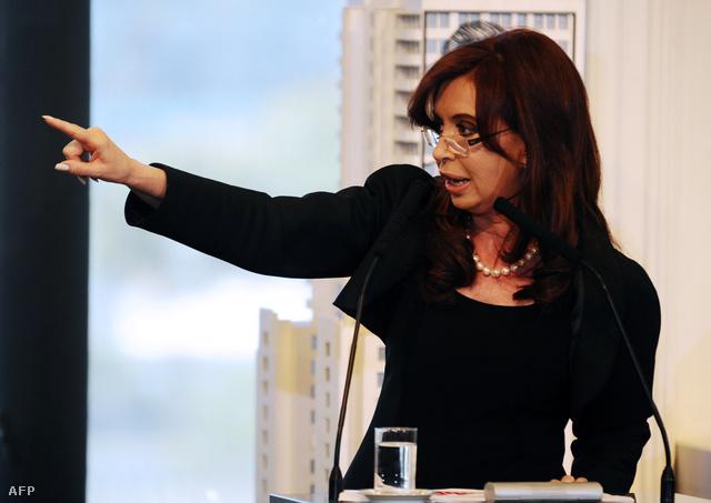Az argentin energiaszolgáltató államosítását Cristina Fernandez államfő rendelte el 2012 áprilisában.