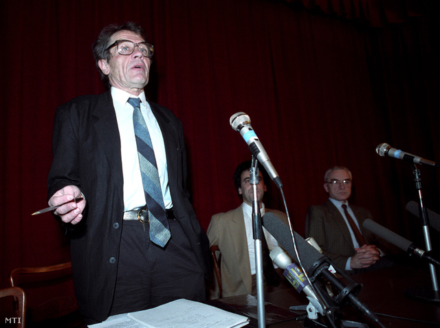 Hankiss Elemér, a Magyar Televízió elnöke, 1993-ban