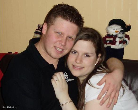 Cheryl Wray 22 éves, barátja, Stephen Kittles 27
