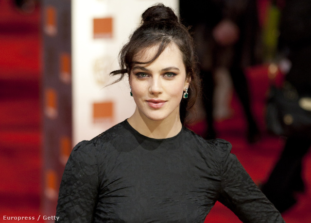 Jessica Brown Findlay, azaz Lady Sybill