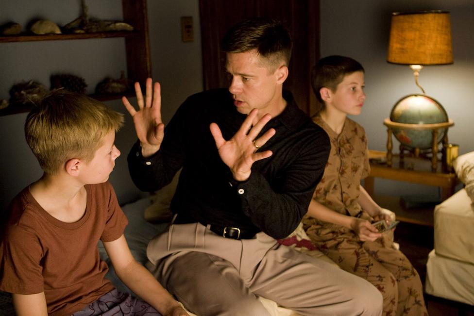 Terrence Malick filmjében, Az élet fájában egy szigorú apát játszik. A kétezres évek második felében nemcsak a magánélete, de a karrierje is fordulatot vett. Még inkább a kisebb költségvetésű, független filmek felé fordult (Bábel, Jesse James meggyilkolása, Égető bizonyíték, Az élet fája, Pénzcsináló, Ölni kíméletesen), és csak néha készít egy-egy nagy hollywoodi filmet, mint amilyen az Ocean's sorozat és a Z világháború. Utóbbiból trilógia lesz, mert ugye élni is kell valamiből.