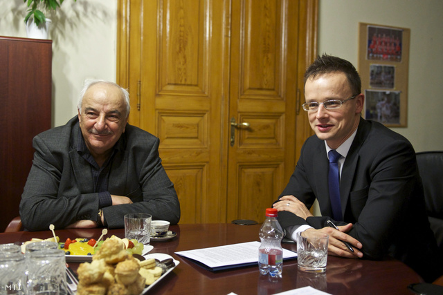 Szijjártó Péter Abid Sharifov azeri miniszterelnök-helyettessel
