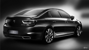 Luxus-Citroen a Skoda Superb ellen