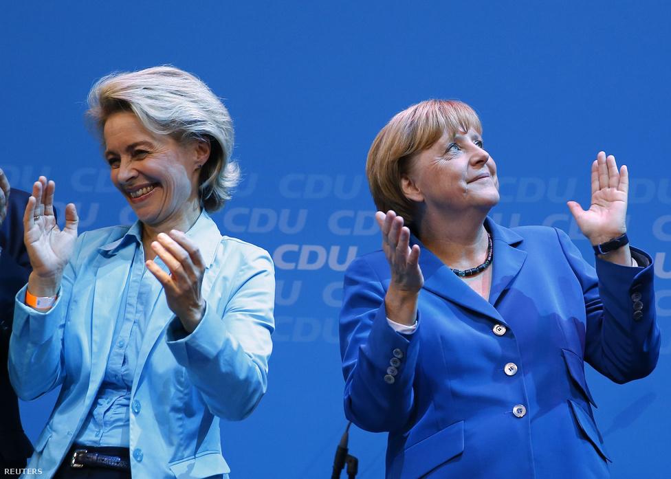 Angela Merkelt harmadszor is kancellárrá választották szeptemberben, továbbra is ő Európa legbefolyásosabb asszonya. Merkel és a konzervatív CDU–CSU szövetség néhány mandátummal maradt csak el az abszolút többségtől, de korábbi koalíciós partnereik, a szabaddemokraták (FDP) kiestek a törvényhozásból. Végül a szociáldemokraták hosszas egyeztetések után beálltak a nagykoalícióba, így december közepén felállhatott az új német kormány.