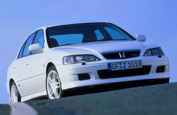 auto/HONDA/ACCORD 1998-2002/XLARGE/03f