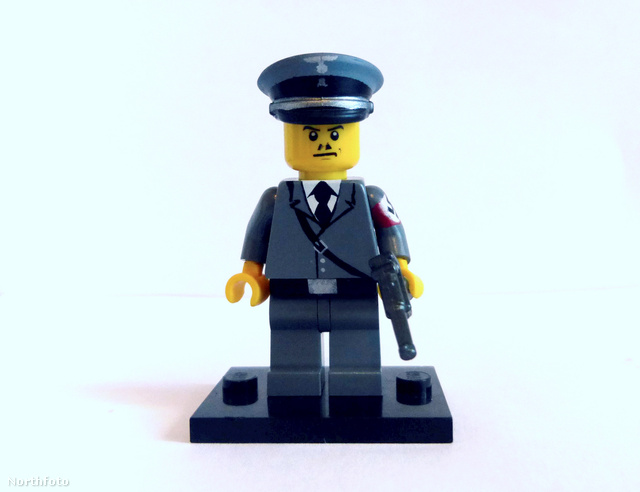 tk3s swns lego hitler 007