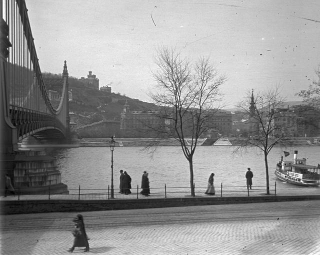 1914 tele Budapesten