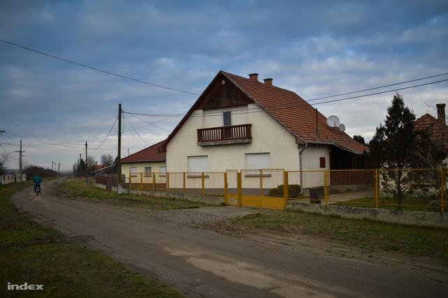 A tápiószelei ház