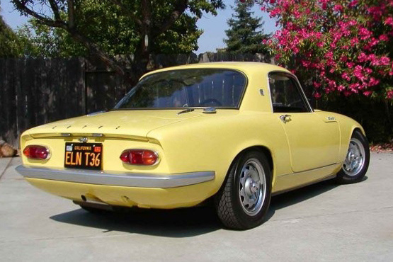 A Vauxhall Victor adta a Lotus Elan lámpáit