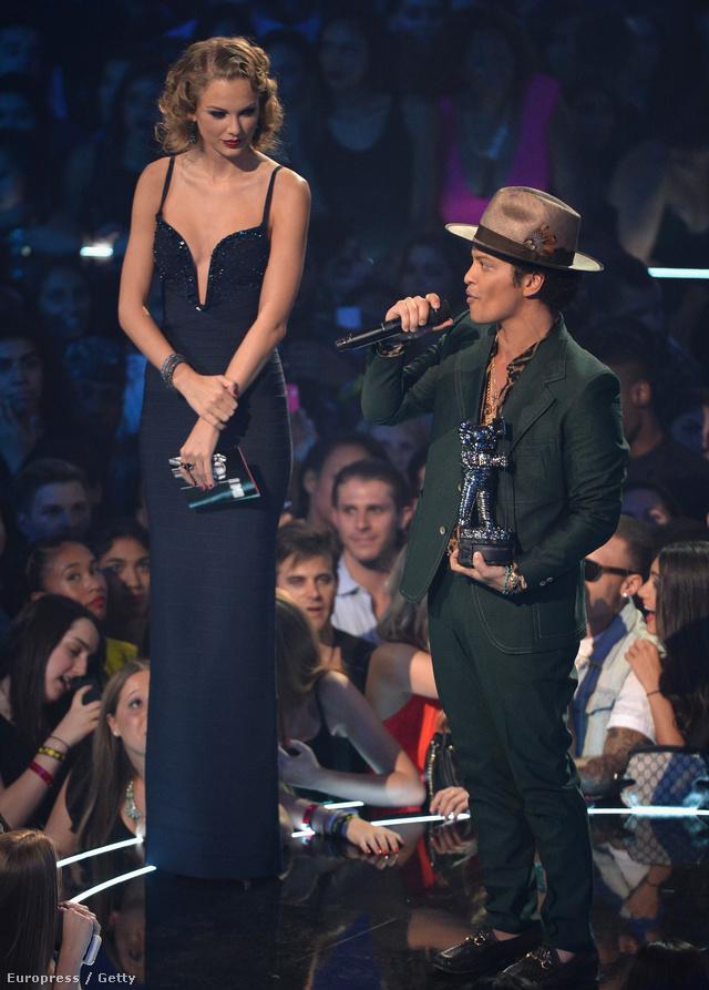 Bruno Mars és Taylor Swift