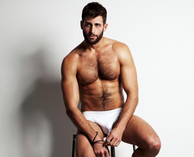 A modell neve David Picard – mindent beleadott ebbe a kampányba