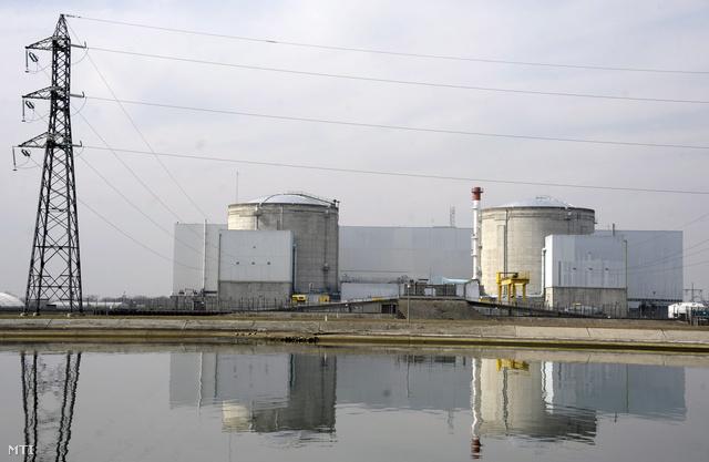 A fessenheim atomerőmű Franciaországban. Franciaország áramtermelésének 80 százalékát 58 nukleáris reaktor adja, és ezek hulladékát 1100 helyen tárolják.