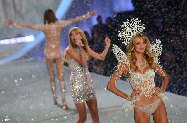 Victoria's Secret modellek a kifutón
