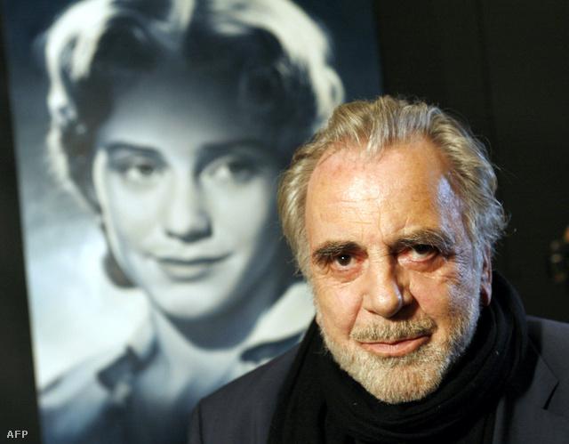Maximilian Schell 2007-ben, a frankfurti Filmmúzeumban, húga, Maria Schell portréja előtt.