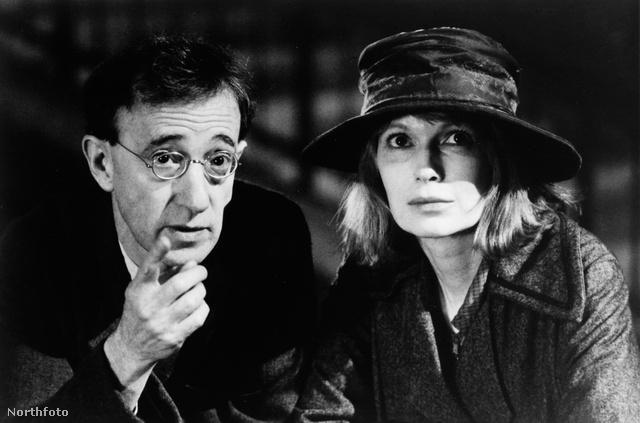 Woody Allen és Mia Farrow az Árnyak és köd című filmben