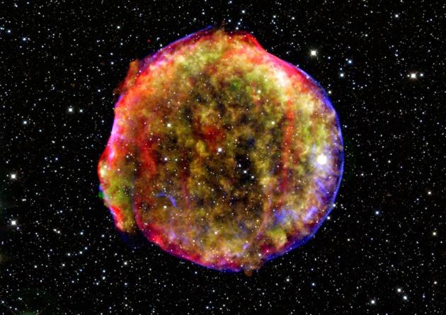 Az 1572-es Tycho Brahe-féle szupernova maradványa a Chandra röntgenképén.