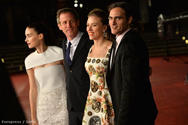 Rooney Mara, Spike Jonze, Scarlett Johansson és Joaquin Phoenix a Nő római bemutatóján