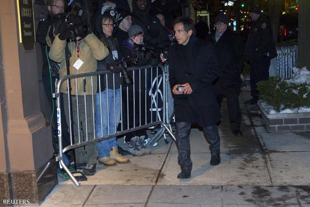Ben Stiller érkezik a szertartásra