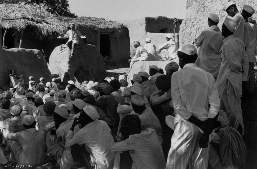 Vincent Ferrer programjában arra biztatta az emigrációt fontolgató szegény földműveseket, hogy ássanak kutakat, cserébe búzát és olajat ígért nekik. A munkássága nyomán több mint 3000 kutat ástak Indiában.