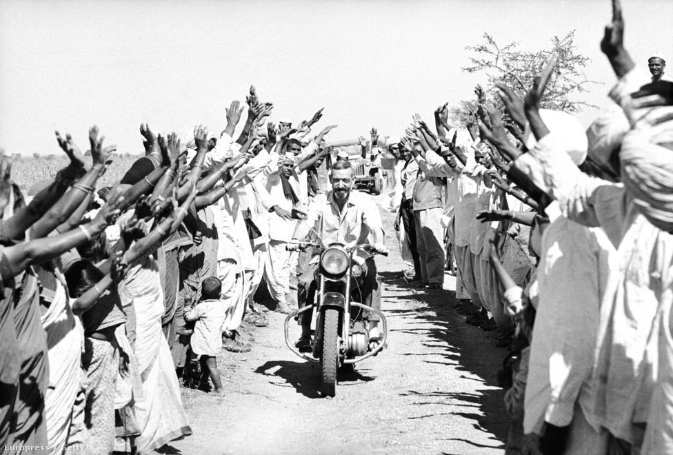 Még mindig Ázsia, de Vietnam helyett India- Vincent Ferrer Moncho hét év katonai szolgálat után döntött úgy, hogy jogi tanulmányai helyett jezsuita szerzetes lesz. 1952-től dolgozott Indiában szerzetesként, a Farmers Service Society alapítója lett.