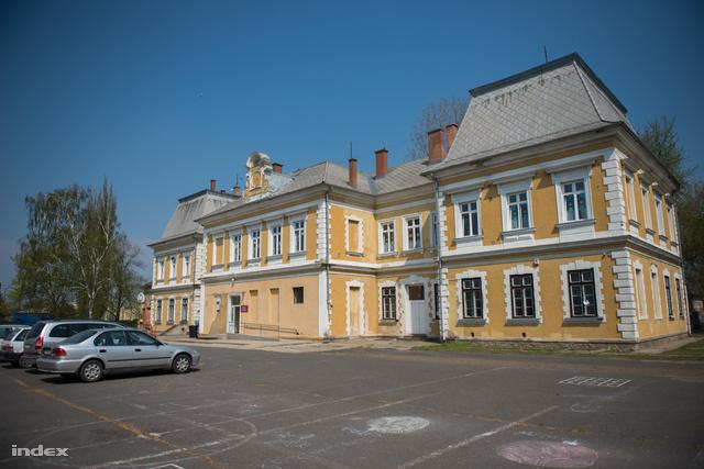 A telepi Sója Miklós Görögkatolikus Óvoda és Általános Iskola épülete