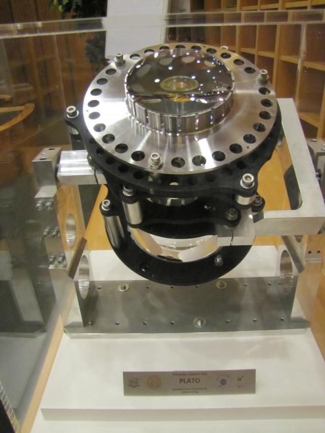 Az optikai egység prototípusa. Harmincnégy hasonló teleszkóp áll majd csatasorba a PLATO platformján.