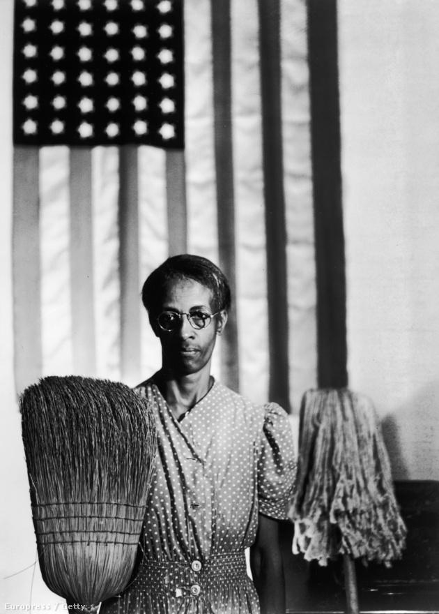 Gordon Parks talán legismertebb fényképe az American Gothic címet viseli – egyértelmű utalásként erre a képre,  Grant Wood legendás festményére. A felvételen egy Ella Watson nevű fekete takarítónő látható. Egyik kezében seprű, a másikban felmosó, a háttérben pedig egy amerikai zászló. A fotós állítólag meglehetősen rossz hangulatban készítette el a képet, mert saját bőrén kellett tapasztalnia a mindennapi rasszizmust: egy ruhaüzletben, egy moziban és egy étteremben.