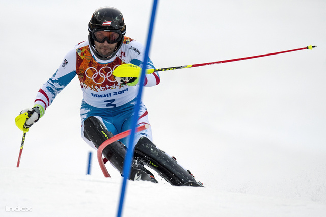 A 34 éves osztrák szlalom világbajnok, Mario Matt nyerte az olimpia utolsó sí számát.