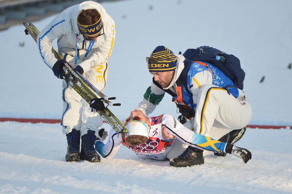 A sífutás klasszikusan a skandináv országok versenyszáma. Idén 36 éremből 25-öt a svédek, a finnek vagy a norvégok szereztek meg, szinte kivétel nélkül elképesztő csatában. A svéd Emil Jönsson el is ájult, miután célba ért a harmadik helyen a férfiak egyenkénti indításos sprintversenyében.