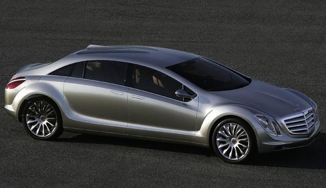 A jövő a hibrid luxusautóké