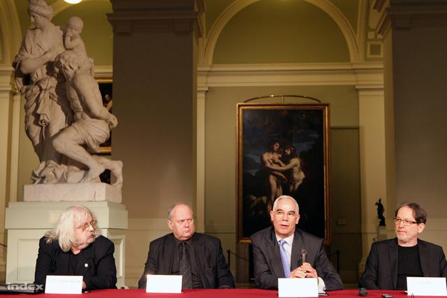 Sáros László György (MÉSZ), Hajnóczy Péter (MÉK), Balog Zoltán (miniszter), Baán László (Szépművészeti igazgató)