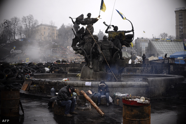 Ukrán tüntetők a Majdanon, március 3-án