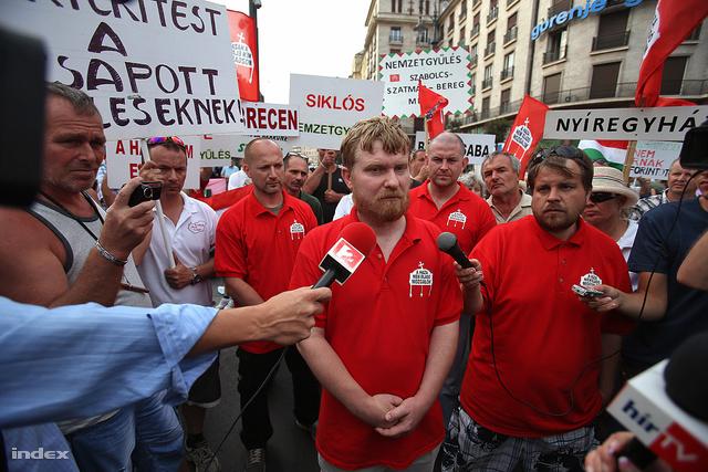 Kásler Árpád a Haza Nem Eladó Mozgalom 2013. augusztusi demonstrációján