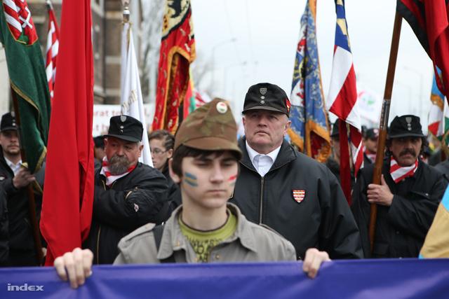 Tavaly márciusban az MSZP kongresszus helyszínénél tiltakoztak a román kormányfő jelenléte ellen