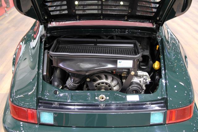 3.6 liter, turbó, 425 lóerő és 570 Nm