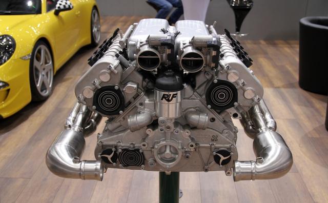 A cég büszkesége: a saját fejlesztésű V8-as sportmotor