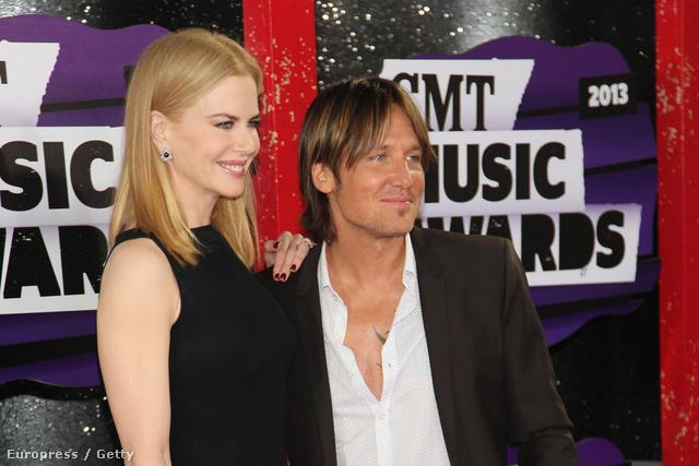 Nicole Kidman tényleg baromira szerelmes lehet a nála alacsonyabb Keith Urban-ba