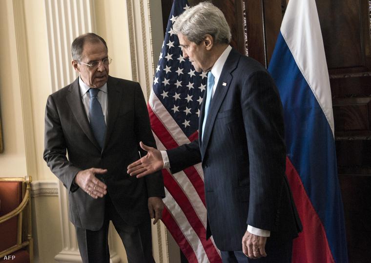 Szergej Lavrov és John Kerry