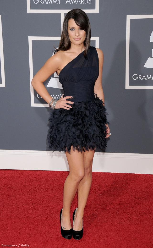 Lea Michele tetoválásainál fogunk most időzni pár kép erejéig