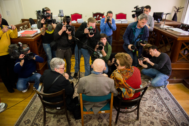 Biszku nem járult hozzá, hogy a tárgyaláson felvétel készüljön róla