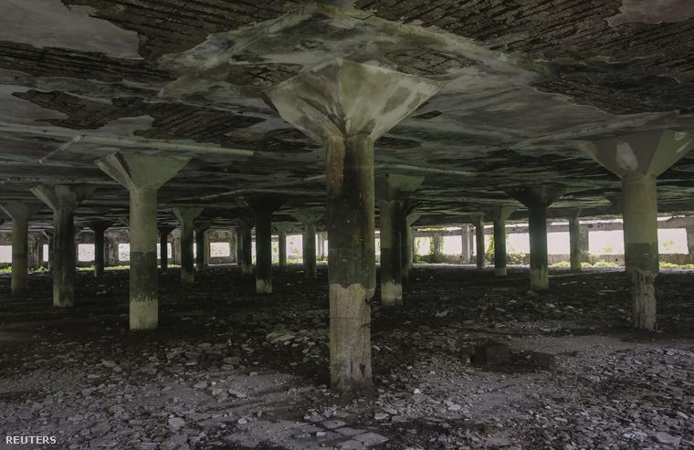 Ebben az elhagyatott gyárcsarnokban erőszakolták meg a lányt