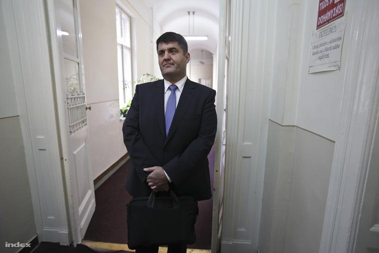 2012. június 13-án kezdődött Hagyó Miklós volt szocialista főpolgármester-helyettes és társai büntetőpere a Kecskeméti Törvényszéken.