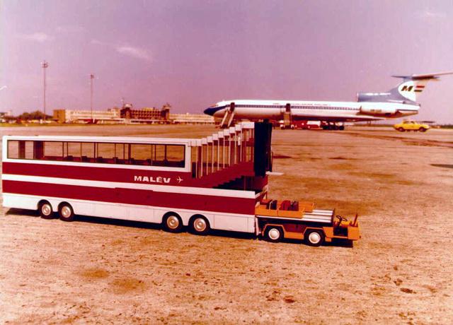 Az Ikarus PALT rendszer makettje a ferihegyi repülőtéren
