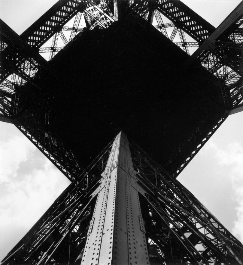 Eiffel torony, Párizs, 1954.