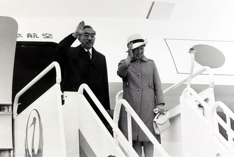 Hirohito császár a Heathrow reptéren 1971. október 8-án