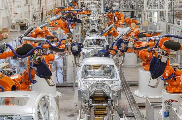 Folyik a munka a BMW spartanburgi üzemében