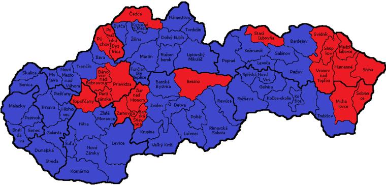 A szavazatok megoszlása választókörzetenként. Kékkel a Kiska, pirossal a Fico által megnyert körzetek.