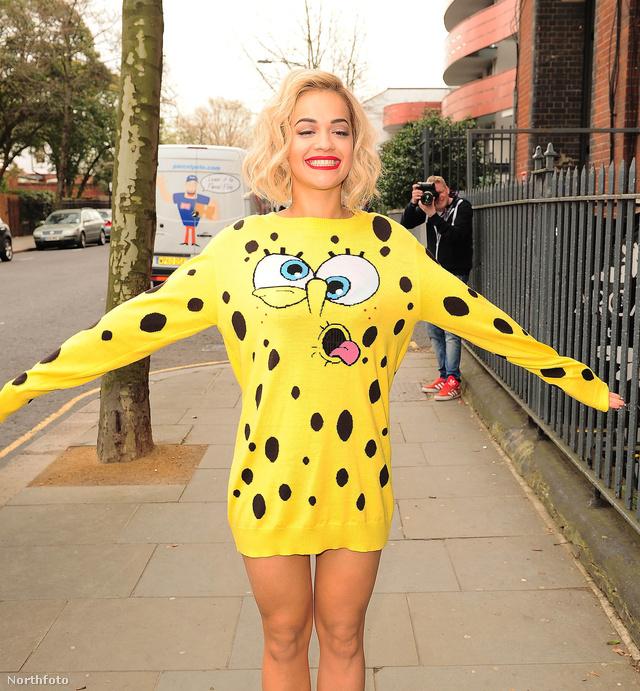 Rita Ora nagyon örült hogy SpongyaBobnak öltözött