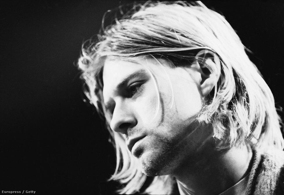 Kurt Cobain hét hónappal a Nirvana legutolsó stúdiólemeze, az In Utero megjelenése után, 1994. április 5-én lett öngyilkos. Ebben az évben jöttek Európába turnézni, március 3-án viszont felesége, Courtney Love eszméletlenül talált rá egy római hotelszobában. A turnét lefújták, Cobaint elvonóra küldték. Öngyilkossága nem volt teljesen előzmény nélküli: szabadidejében olykor hatalmas húsdarabokat vásárolt, és ezeket lőtte szitává a környékbeli hegyekben, máskor pedig szívesen rögzített Super8-szalagokra filmeket, amelyek egyikében már eljátszotta saját öngyilkosságát. Az énekes utolsó napjairól Gus van Sant készített játékfilmet Last days címmel, de több dokumentumfilm is helyt adott annak a feltételezésnek, hogy Cobaint valójában megölték. Ezt az idén márciusban újraindított nyomozás ismételten kizárta.