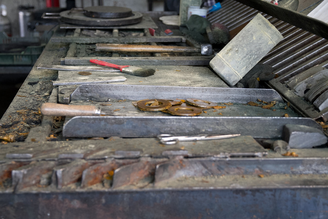 Manufaktúra, nemzetközi megrendelőkkel